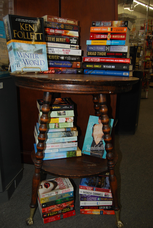 Dartmouth Book Exchange-9054